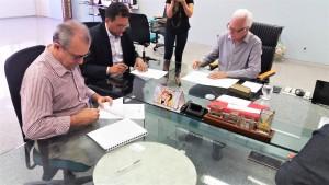assinatura_termo de cooperação_Farias Brito-CE